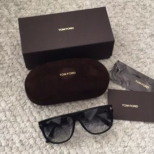 100% Authentic TOM FORD flat top sunglasses